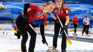 Sieviešu un vīriešu kērlinga izlase dosies cīņā par vietu olimpiskajā kvalifikācijas turnīrā