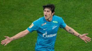 """Derbiju vakarā vēl viena sagrāve: """"Zenit"""" iesit septiņus vārtus, pazemojot """"Spartak"""""""