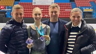 Latvijas daiļslidotājas Konga un Stepčenko ieņem pirmās divas vietas Odesā