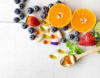 """Kā sevi """"vitaminizēt"""" saaukstēšanās, gripas un citu vīrusu laikā?"""