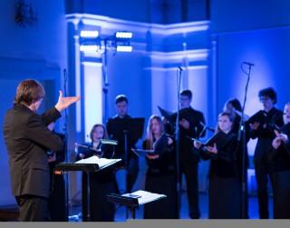 """JVLMA Mūsdienu mūzikas festivāla """"deciBels"""" ietvaros izskanēs Latvijas Radio kora koncerts"""