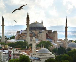 Svētā Sofijas katedrāle- unikāla celtne, kuras dēļ vērts doties uz Stambulu