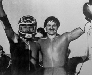 Video: Pirmais olimpiskais zelts bobsleja divniekos latvietim. Kā tas bija?