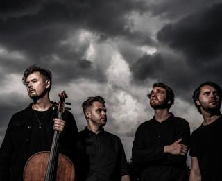 """Grupa """"DaGamba"""" un """"Sinfonietta Rīga"""" aicina uz vasaras sezonas noslēgumu Dzintaru koncertzālē"""
