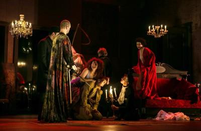 Valmieras teātris maijā un jūnijā  ar divām lielās formas izrādēm viesosies Rīgā