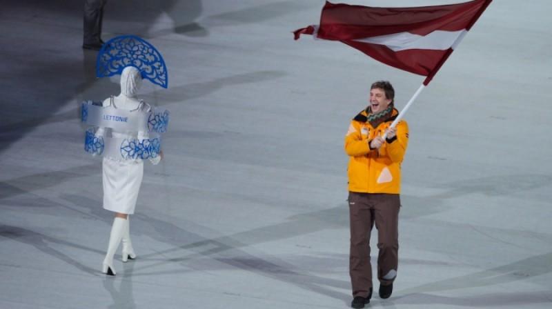Sandis Ozoliņš olimpisko spēļu atklāšanā  Foto: IIlmārs Znotiņš, sochi2014.olimpiade.lv