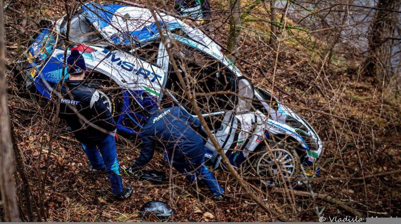 Tēmu Suninena automašīna pēc avārijas. Foto: Vladislav Maschl