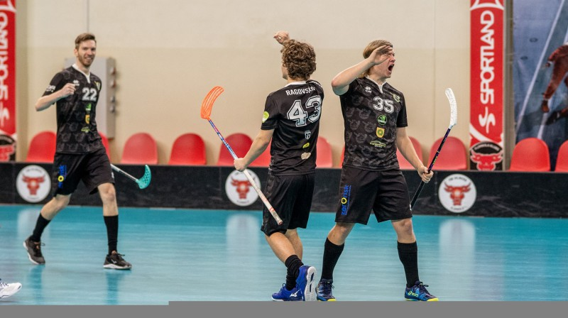 """Talsu NSS/Krauzers"". Foto: Raivo Sarelainens, floorball.lv"