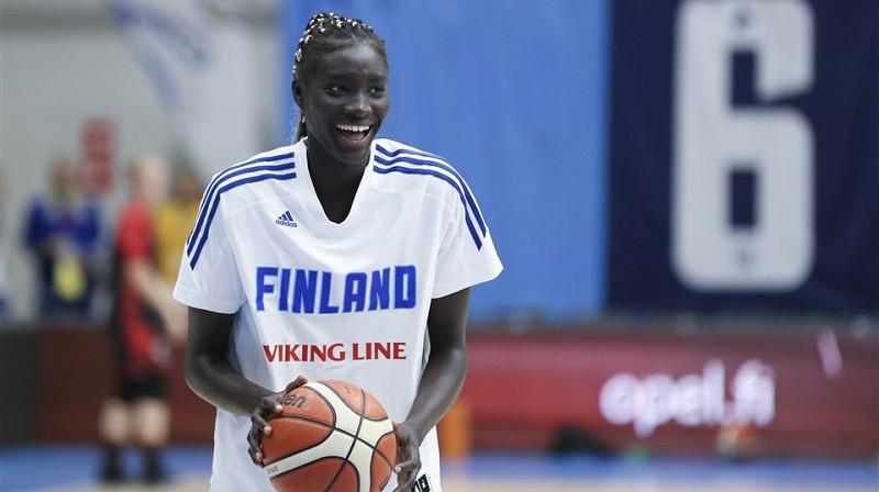 Avaka Kuiera. Foto: FIBA