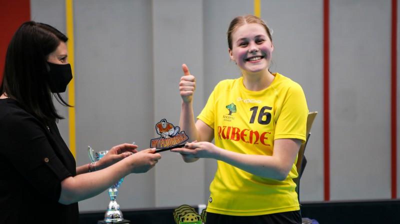 ELVI florbola līgas sievietēm vērtīgākā spēlētāja - Jūlija Rozīte (Rubene). Foto: Ritvars Raits, floorball.lv