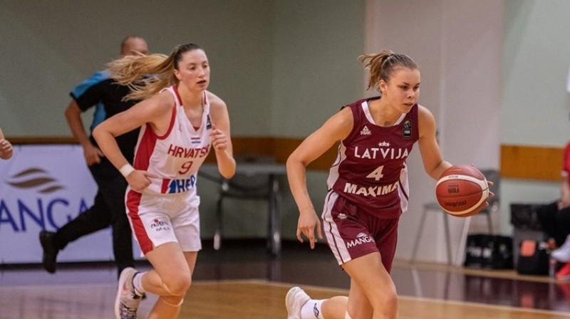 Katrīna Ozola spēlē pret Horvātiju. Foto: FIBA
