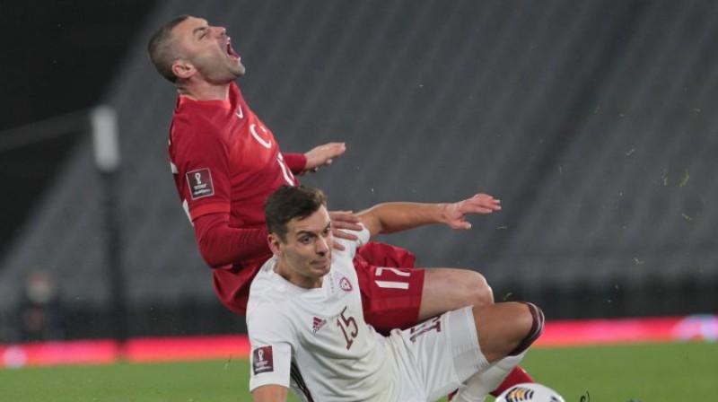 Vladislavs Fjodorovs pret Buraku Jilmazu. Foto: imago images/Seskim Photo/Scanpix