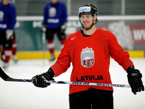 Latvija pret Somiju pasaules čempionātos