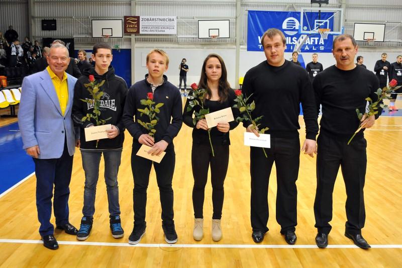 Latvijas svarcēlāji Suharevs un Koha sasniedz kārtējos Eiropas rekordus