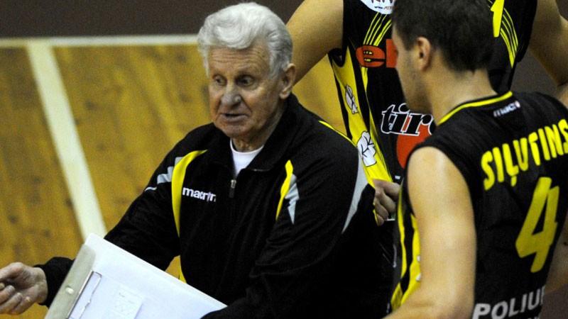 Mūžībā aizgājis leģendārais volejbola treneris Grigoļunovičs