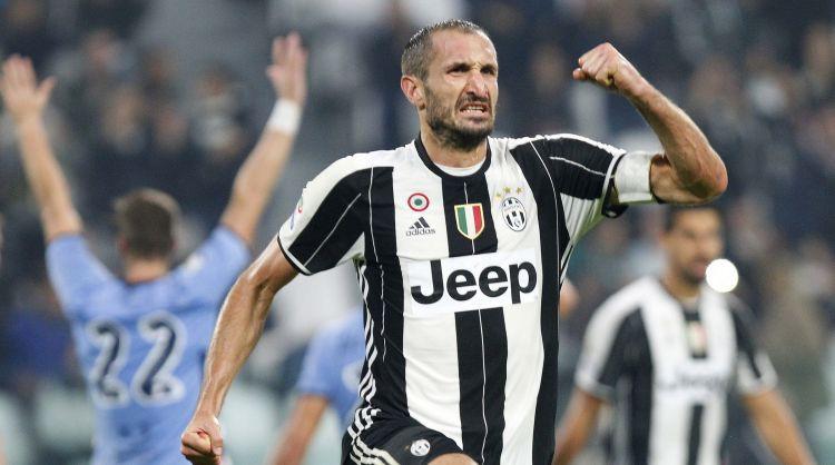 """Leģendārais Kjelīni pagarina līgumu ar """"Juventus"""" līdz 2023. gadam"""