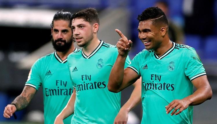 """Benzemā filigrāna piespēle ļauj Madrides """"Real"""" iegūt pārsvaru pār """"Barcelona"""""""