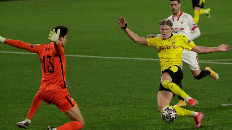 "Holannam 2+1, Dortmundes ""Borussia"" satriec ""Sevilla"" sauso  sēriju"