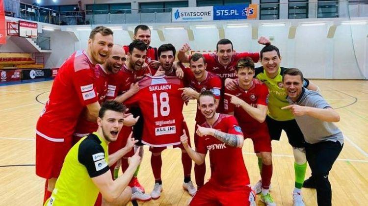 Baklanova komanda triumfē Polijas kausa izcīņā