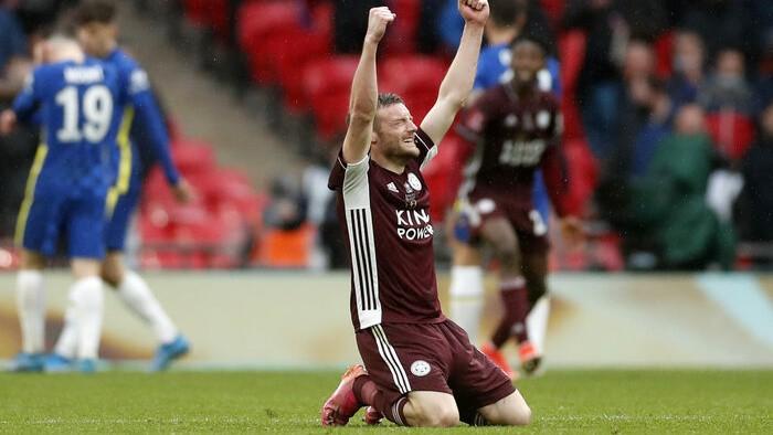 Tīlemana tālšāviens atnes pirmo FA kausa titulu ''Leicester''