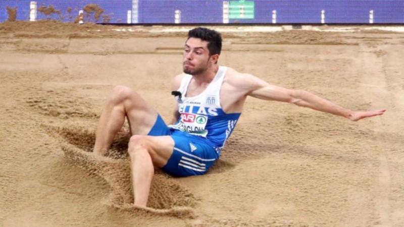 Eiropas čempions Grieķijā aizlec 8,60m un kļūst par sezonas līderi