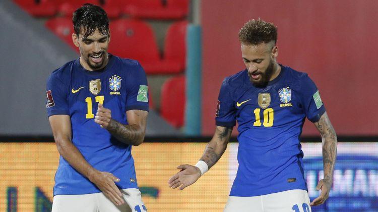 Brazīlija turpina perfekti, Argentīna nenosargā 2:0 un atkal spēlē neizšķirti