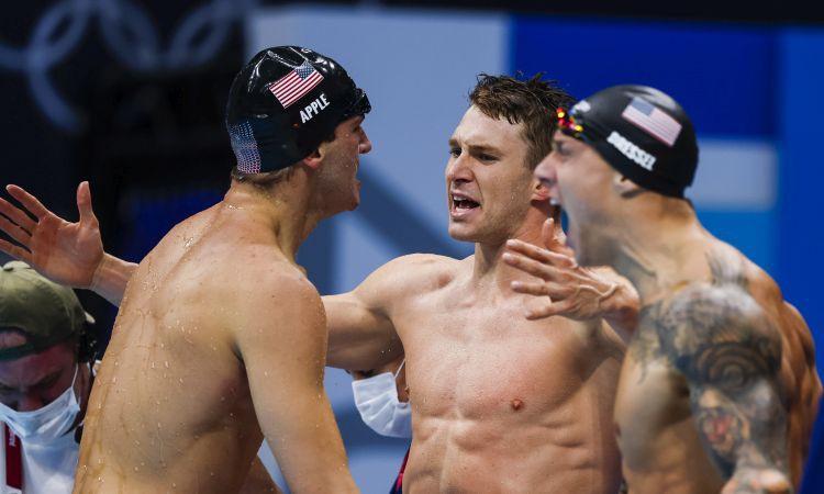 Dresels un Makīona papildina medaļu ražu, peldēšanā labākie ASV sportisti