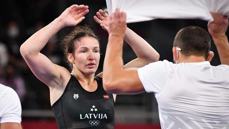 """Grigorjevai jāizārstē trauma, treneris pikts par tiesāšanu: """"Šādi sīkumi lauž likteņus"""""""