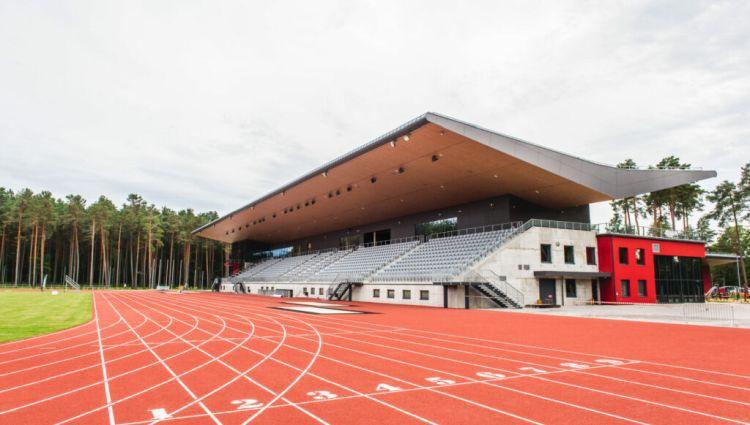 Atjaunotajā Daliņa stadionā nepieciešami uzlabojumi augsta ranga futbola spēļu norisei