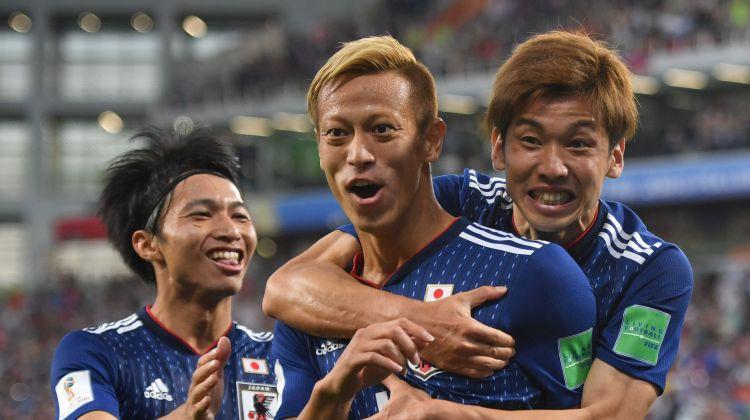 """Skaļa pāreja Baltijas futbolā: bijusī Japānas zvaigzne Keisuke Honda spēlēs """"Sūduvā"""""""